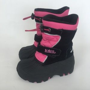 Totes snow boots kids size 7